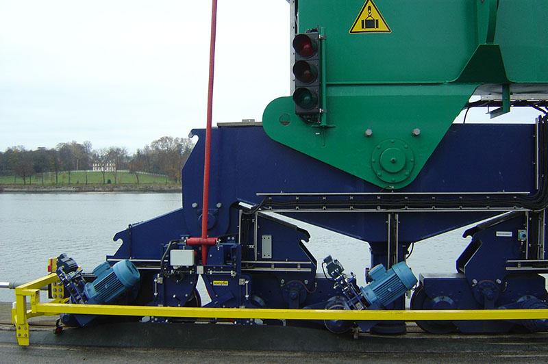 Portique-containers l Flipo Richir