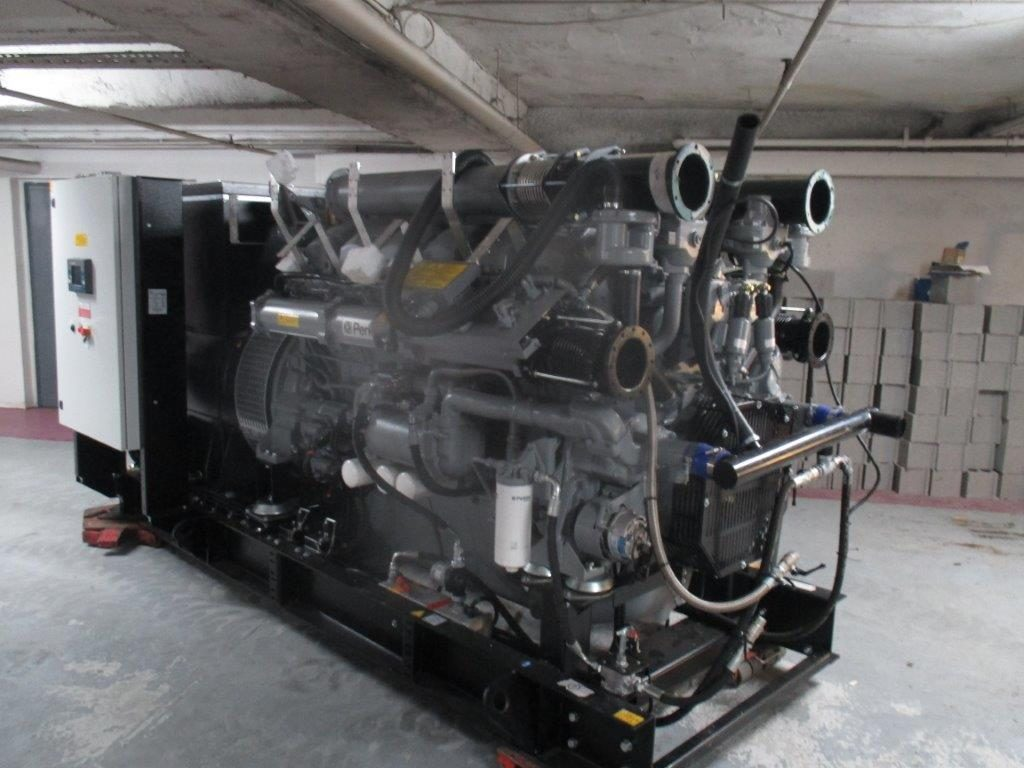 Installation AUCHAN Mériadeck - Groupe Electrogène l Flipo Richir