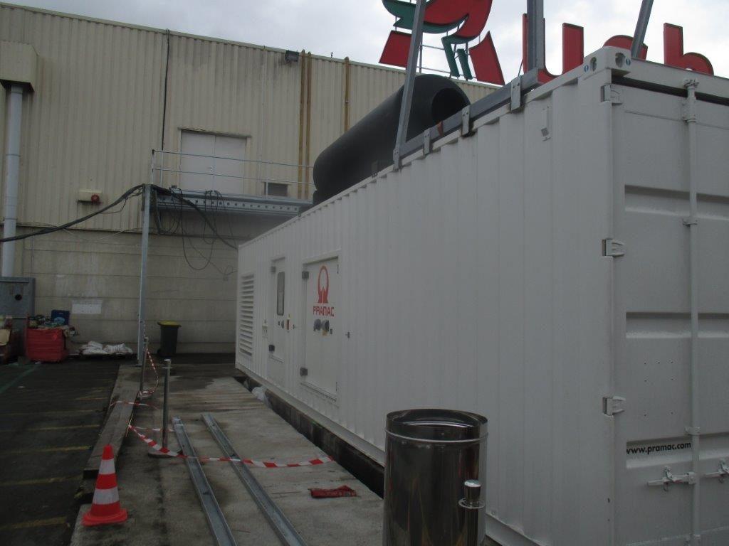 Groupe électrogène en container