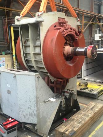 Entretien et essais d'un moteur de 17 MW production de gaz l Flipo Richir