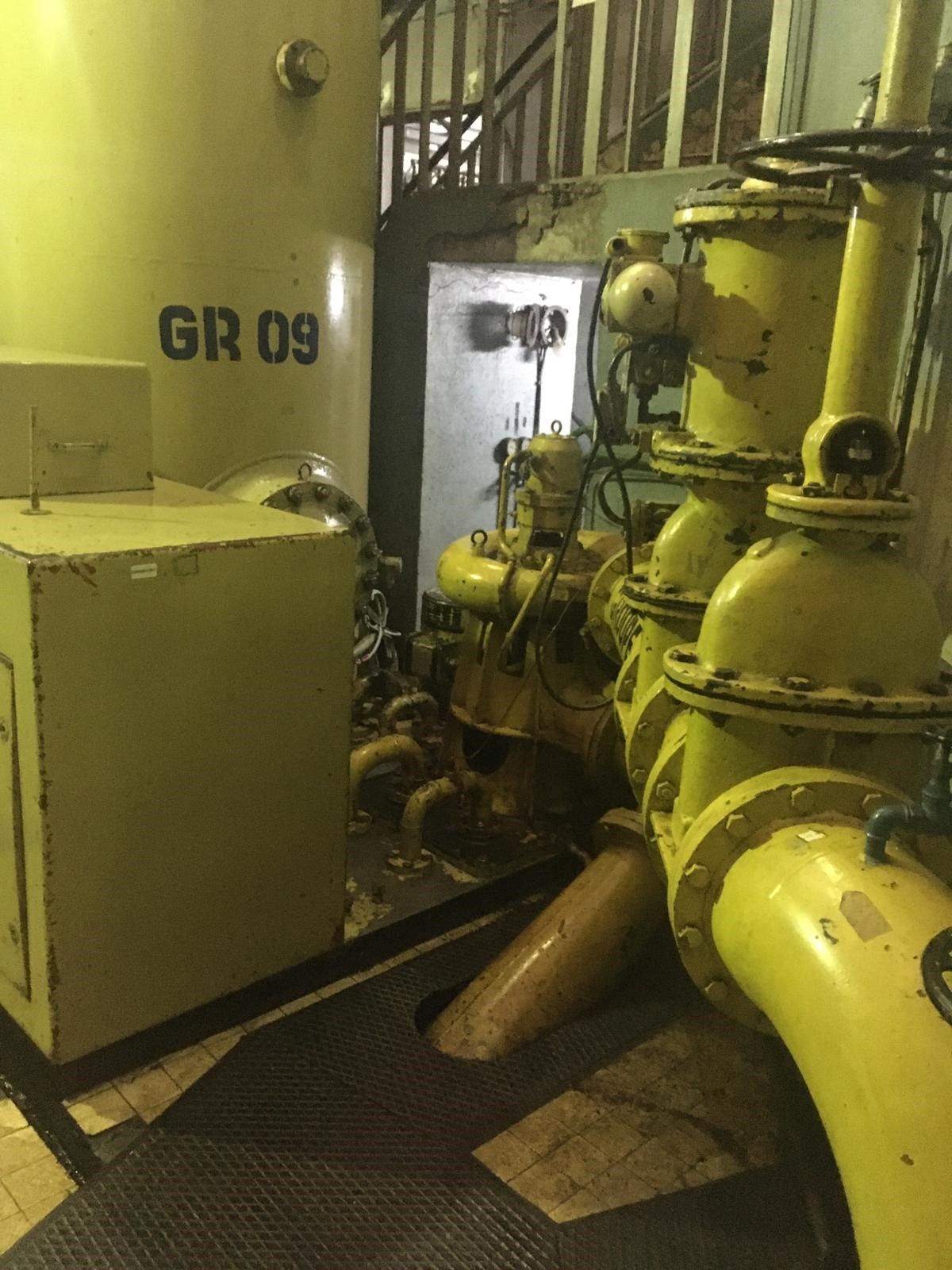 Cameroun, Centrale hydroélectrique d'EDEA groupe électrogène l Flipo Richir