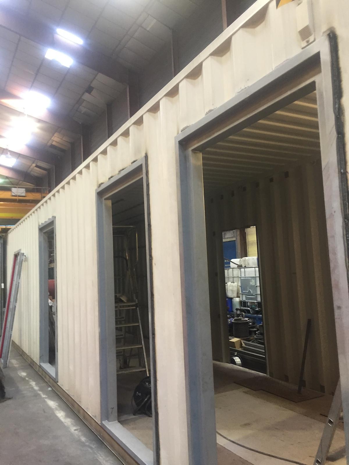 fabrication et installation d un container groupe lectrog ne sp cial pour un centre hospitalier. Black Bedroom Furniture Sets. Home Design Ideas