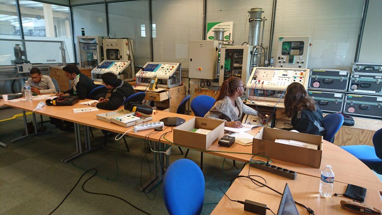 """Formation """"Connaissance de la Variation de Vitesse"""" en anglais pour Schneider Electric l Flipo Richir"""