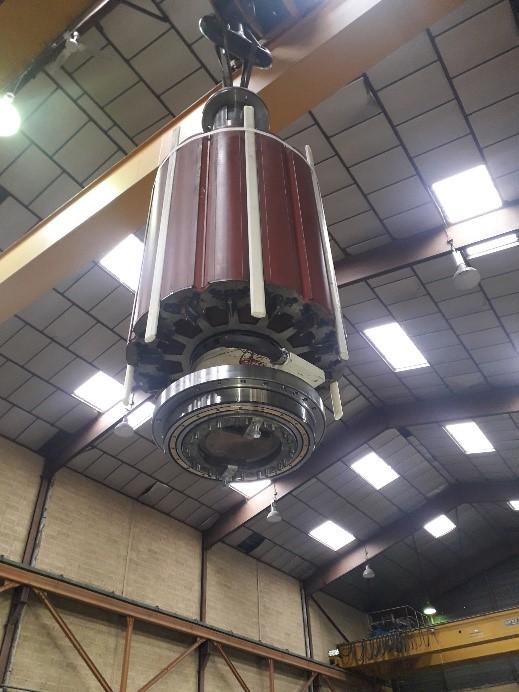 Entretien d'une génératrice d'éolienne synchrone par Flipo Richir